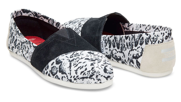 The TOMS x Prabal Gurung Collection for Nepal - White Snow Leopard Women's PG Classics