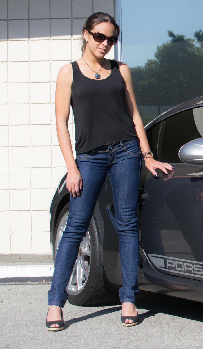 Jackie Guerrido Skinny Jeans in Dark Blue