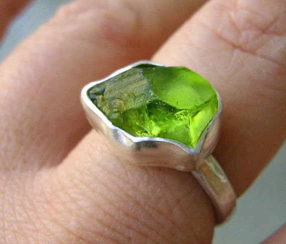 Favorite Finds from Etsy - Rough Peridot Ring by metalmorphoz