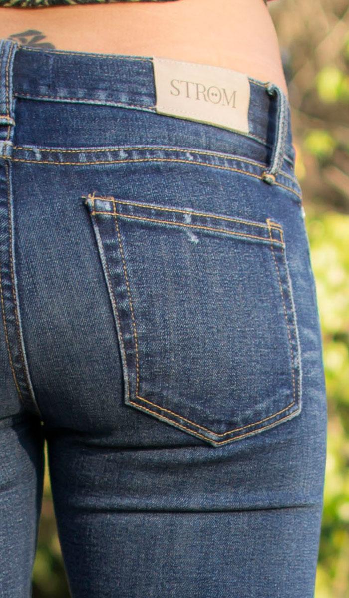 STRÖM Tre Crush Selvedge Skinny Review on Denimology - Back Detail View