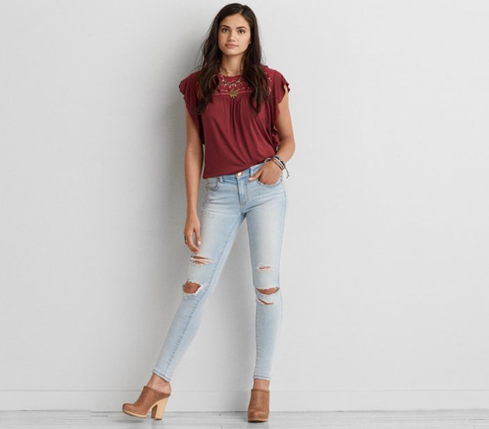 American Eagle Outfitters Releases Denim X Café - Jegging in Creme Blue