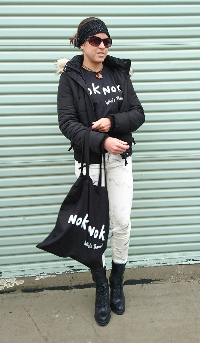 Hanging out with Nok Nok - Front View Bag