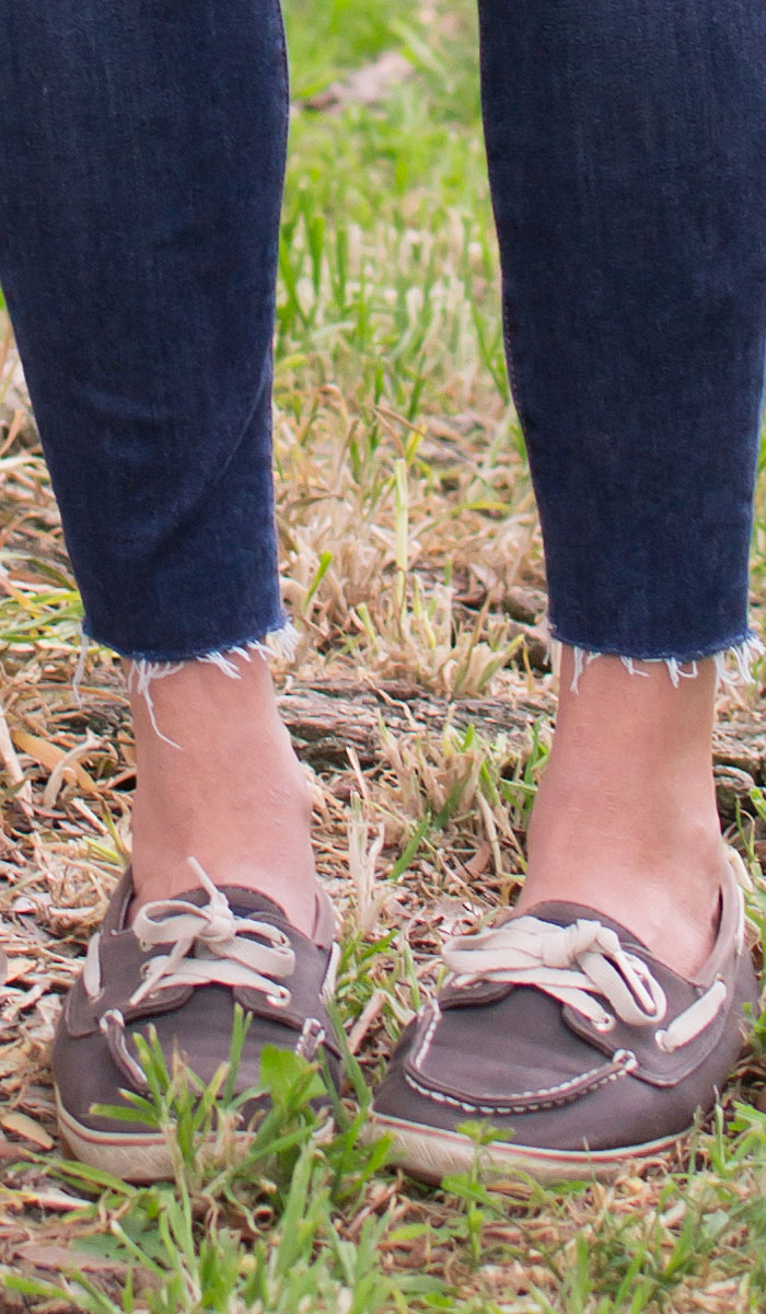 Fran Denim Kelly Crop Jeans Review - Fray Cuff Detail