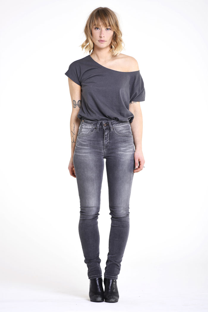 Sustainable and Organic Denim and Apparel by Kuyichi - Violet Tee