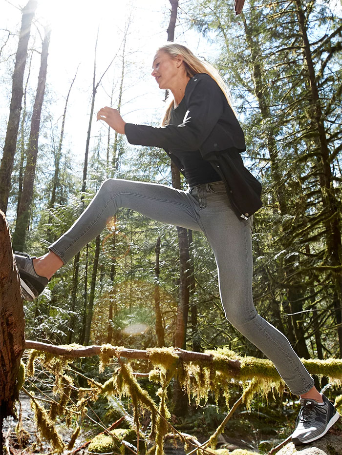 The New Sculptex Skinny Jean for Active Comfort from Athleta - Grey 2