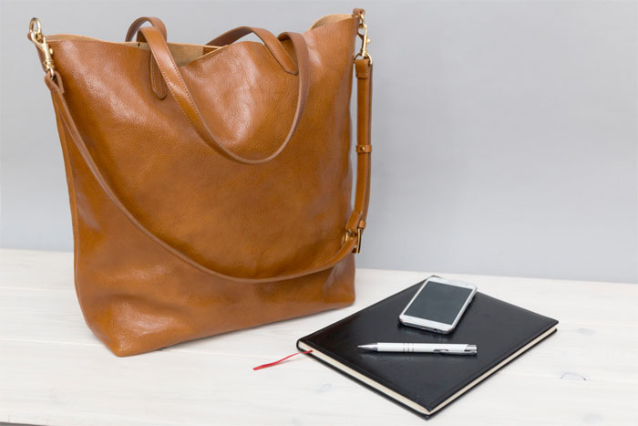 Natural Leather Tote Bags for Fall from Etsy - Alana Leather Studio