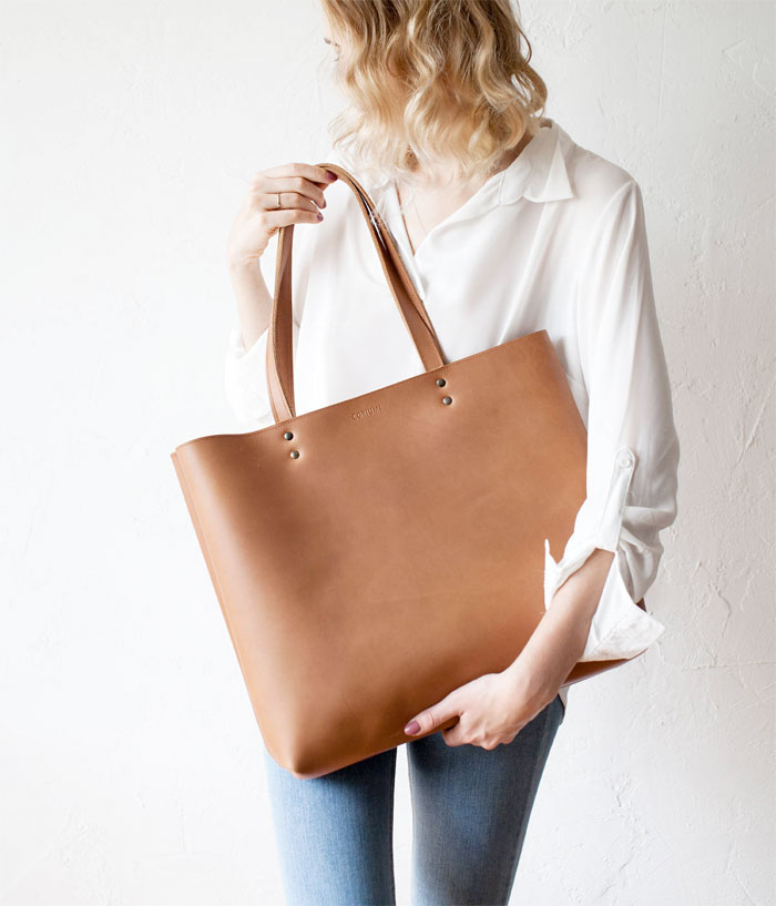 Natural Leather Tote Bags for Fall from Etsy - Coriumi