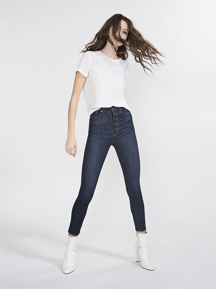The New AO.LA Jeans by Alice + Olivia - Good High Rise Exposed Button Skinny in Dream On