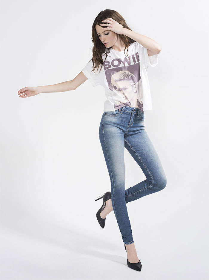 The New AO.LA Jeans by Alice + Olivia - Good Low Rise Skinny in Radar Love