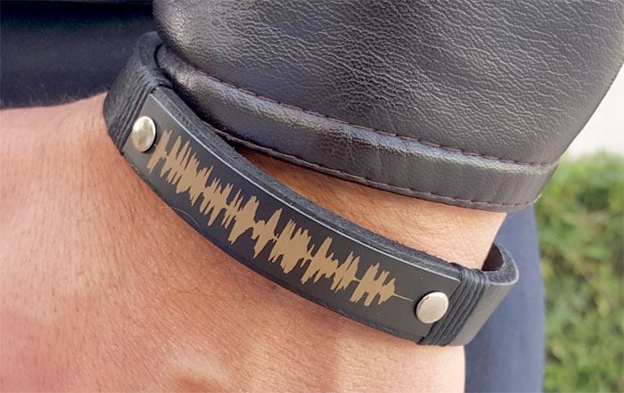 Creative and Personal Valentine's Day Gift Ideas from Etsy - Soundwave Bracelet