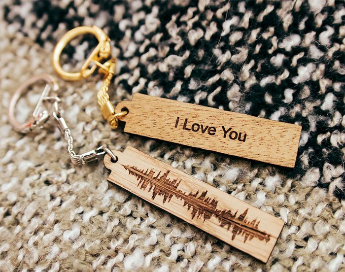 Creative and Personal Valentine's Day Gift Ideas from Etsy - Soundwave Keychain