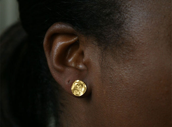 20 Unique Last Minute Mother's Day Gifts - Gold Earrings