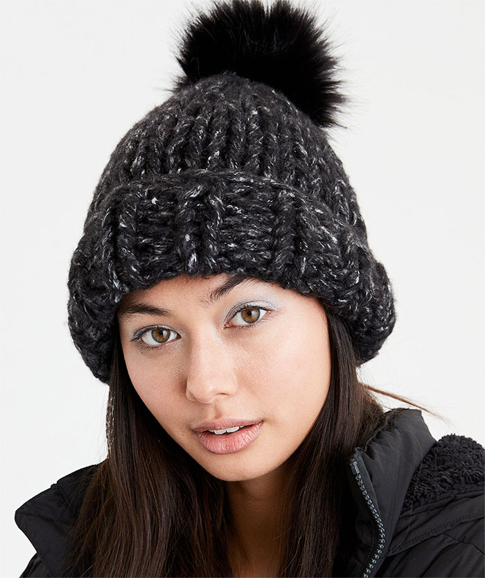 Buy a Winter Accessory and Give Back at American Eagle and Aerie - Super Chunkie Beanie
