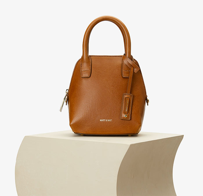 The Studio 901 Handbag Collection by Sustainable Brand Matt & Nat - Gessi Mini Bag