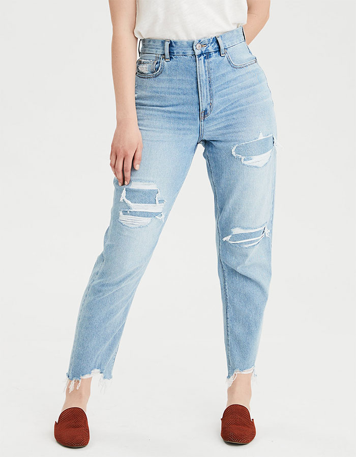 American Eagle Outfitters Curvy Mom Jean in Light Repair