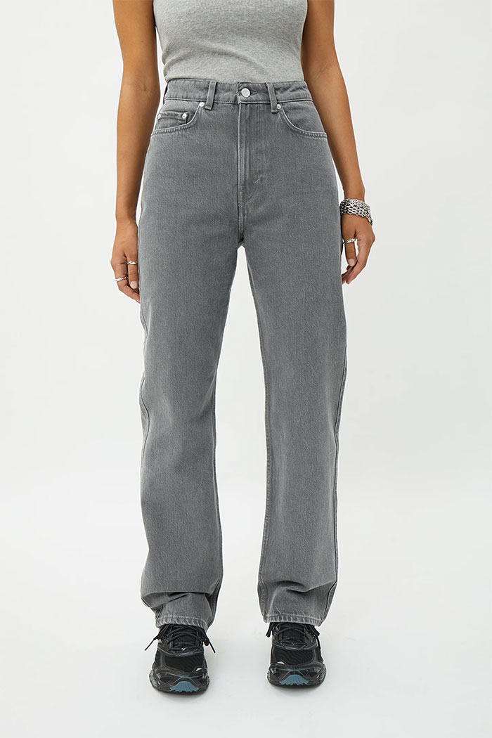 Organic Cotton and Biodegradable Jeans from Weekday - Rowe Extra High Straight in Grey
